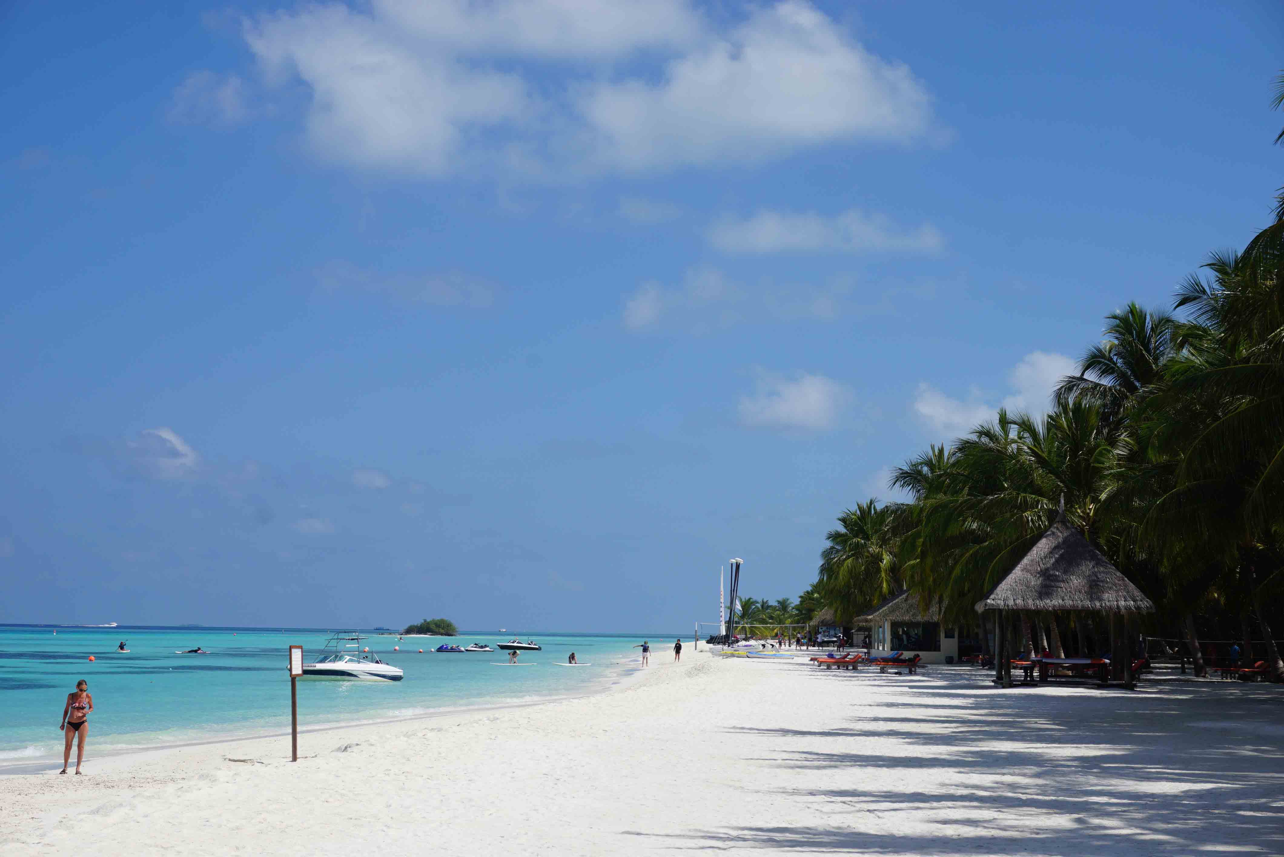 Relax in Maldives ep 3: A Day Visit to Club Med Kani from Huraa.