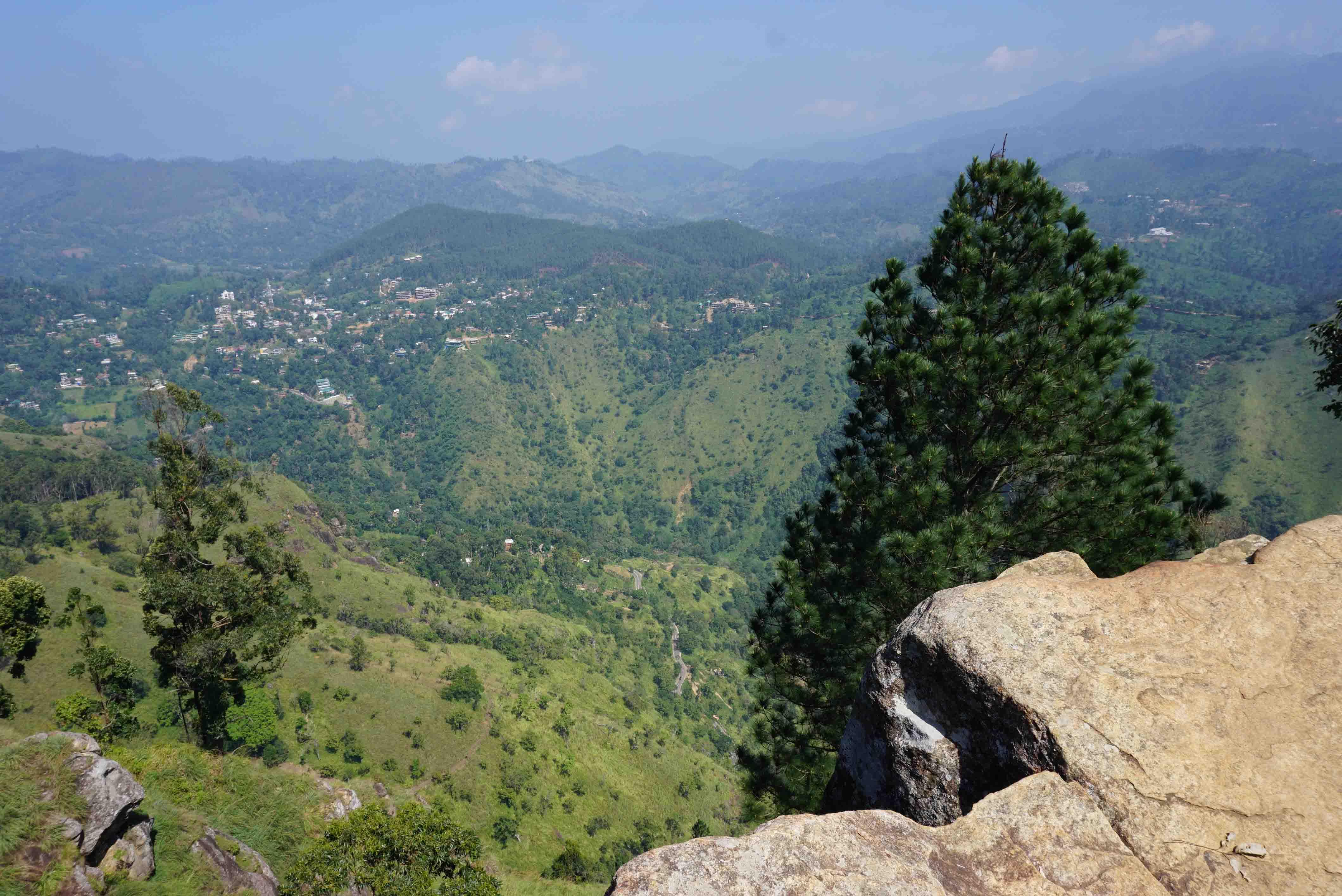 Sri Lanka Adventure Ep 5, a secret famous route to Ella's Rock.