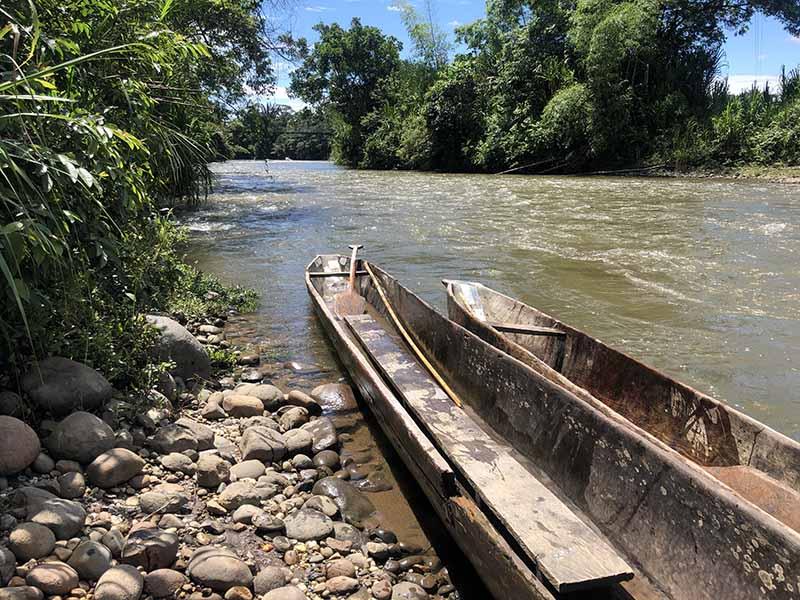 Ecuador puyo amazon jungle tour canoe ride