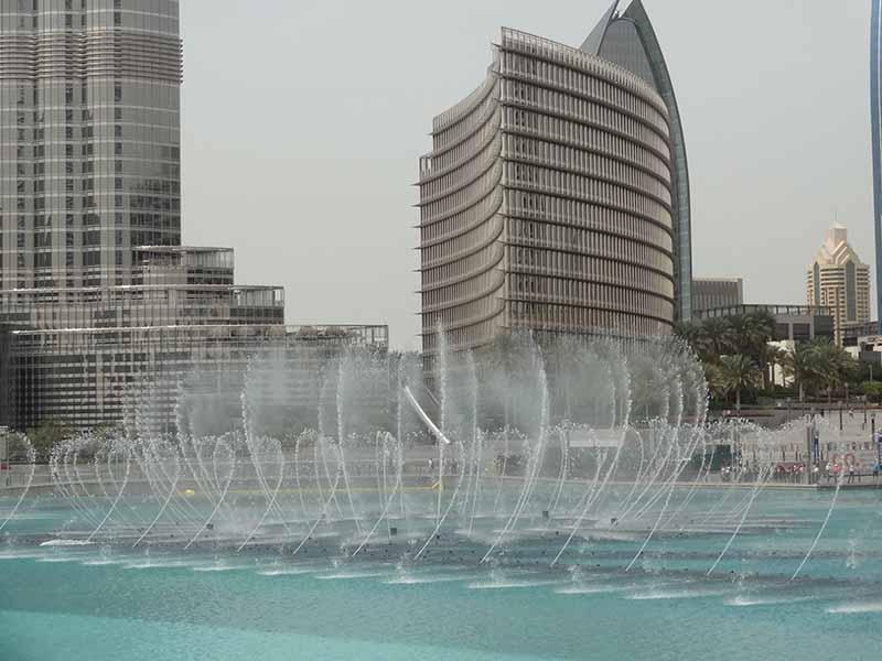 Dubai, Blue Sky and Wine Travel Blog